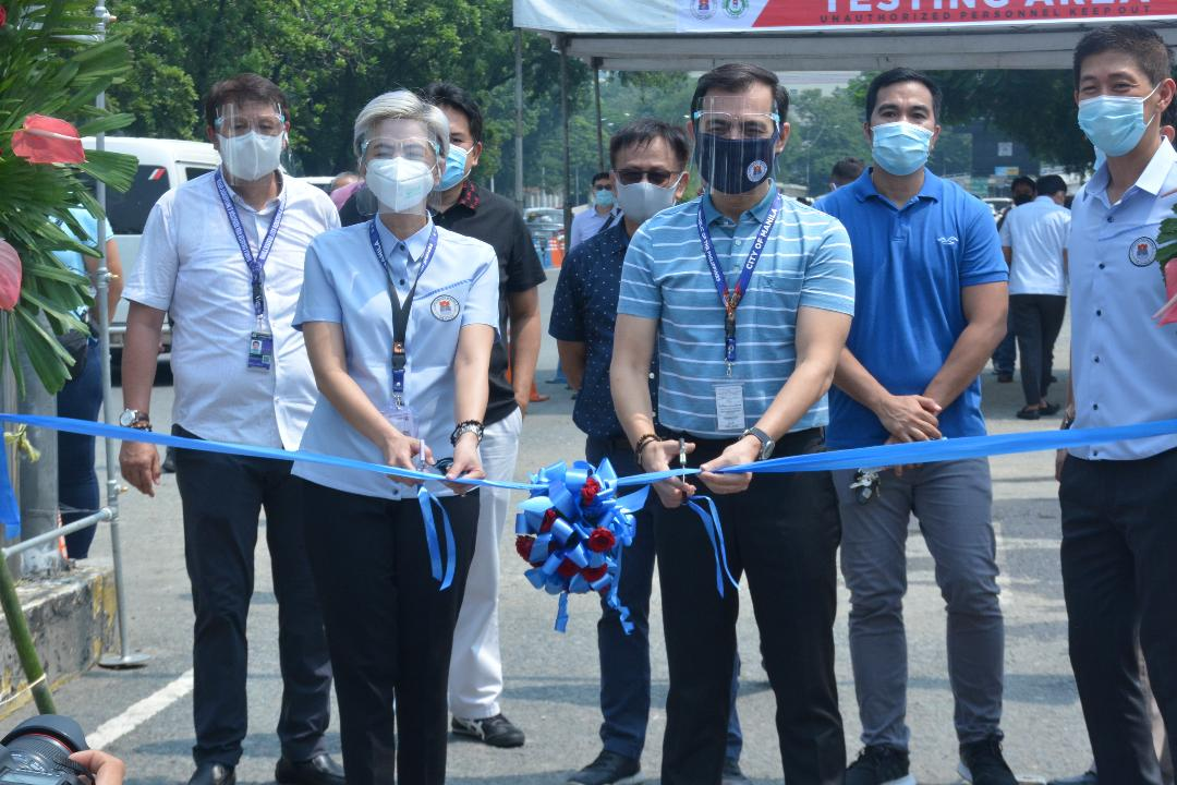 Covid-19 drive-thru testing center launched in Manila