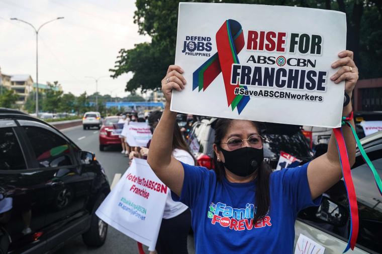 SC to decide if ABS-CBN franchise can be regained: Palace