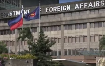Fewer new infections among Pinoys abroad: DFA
