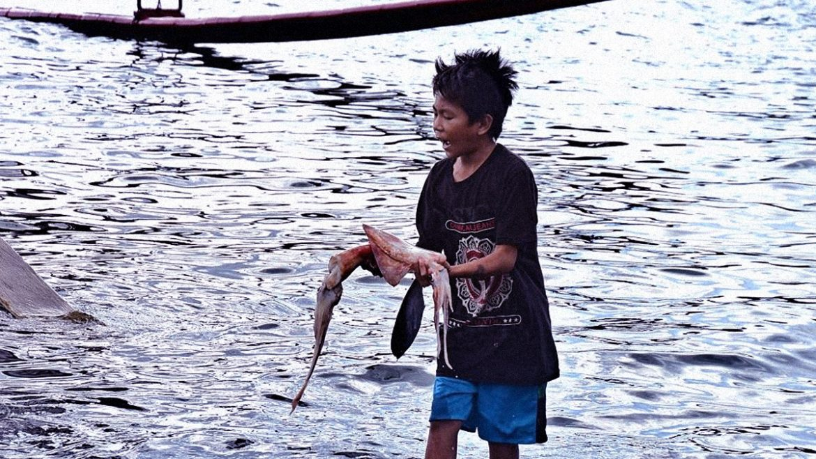 Pinoy fishermen amidst the pandemic and China's aggression