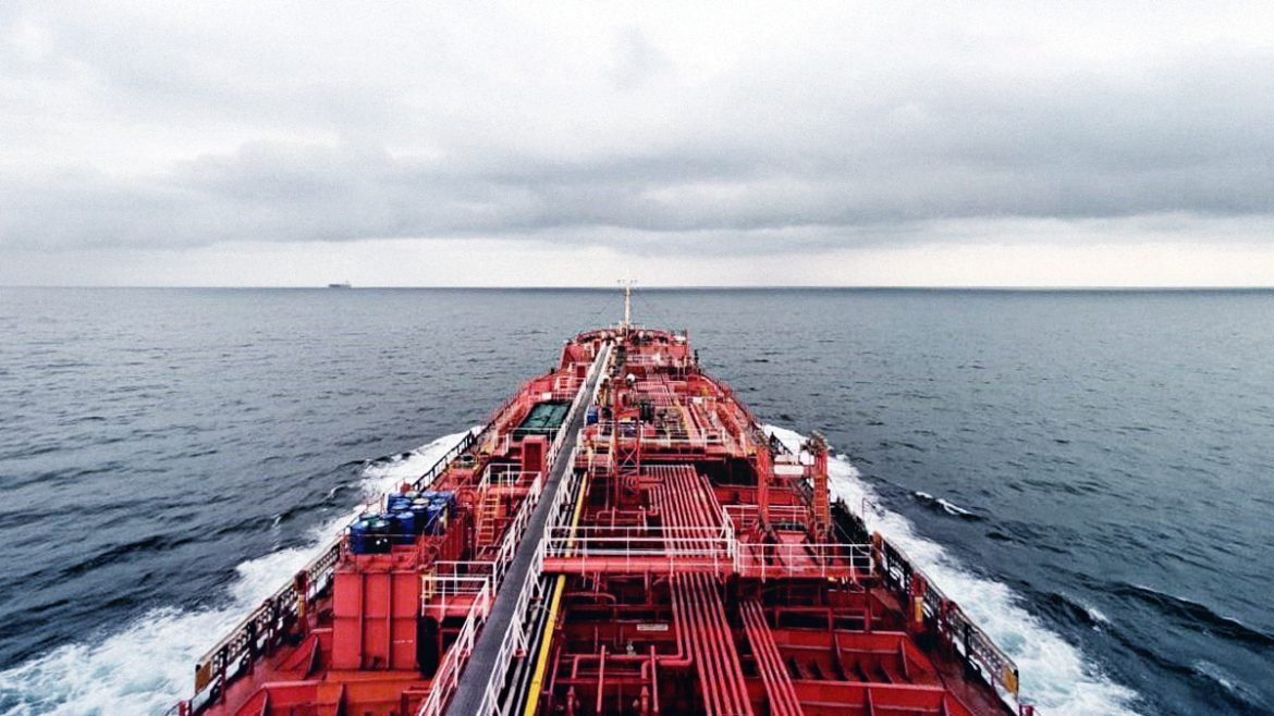 90 ships, 900 seafarers to divert to PH per month for crew change