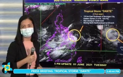 'Dante' slightly weakens; rains continue over parts of PH