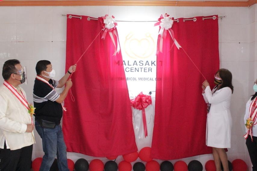 Go urges Filipinos with health concerns to seek medical care as he virtually opens 133rd Malasakit Center in Virac, Catanduanes