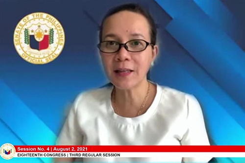 Poe leads launch of a livelihood grant project for displaced jeepney drivers