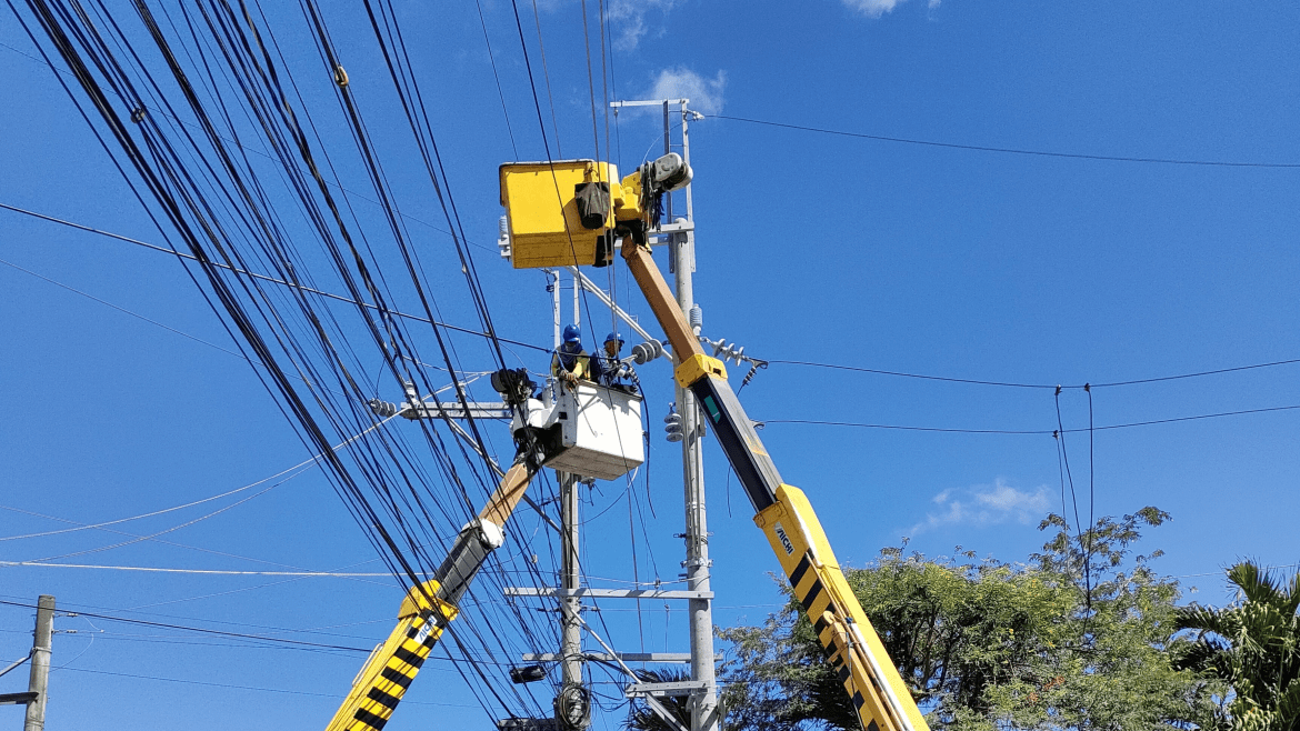 Hontiveros urges ERC, power companies anew to suspend power rate hike