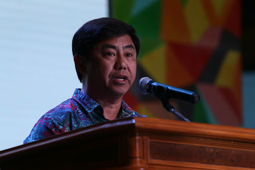 Mayor Chan offered rivals P10-M each to switch parties?