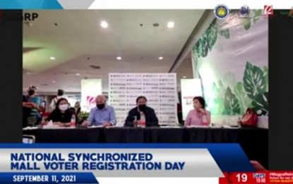 Voter sign-up hubs in malls also open on weekdays till Sept. 30