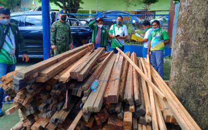 Abandoned 'hot logs' seized in Maguindanao