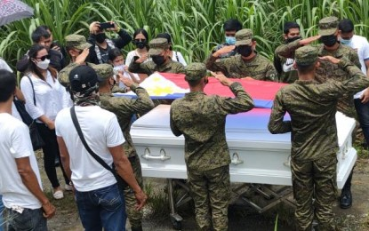 Soldier, rebel killed in NegOcc clash buried in contrasting rites