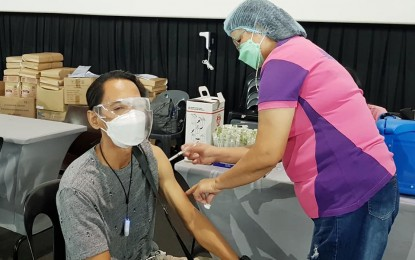 Pampanga LGU starts vax rollout for SME owners, employees