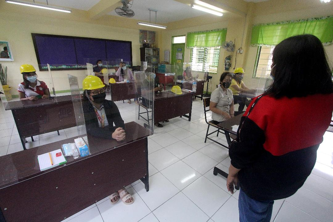 Teachers prepare for face-to-face learning amid pandemic