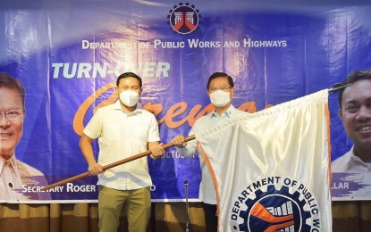 Acting DPWH chief vows continuity of key infra projects