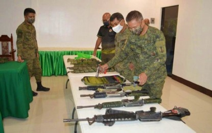 Soldiers seize guns from NoCot village exec near Comelec office