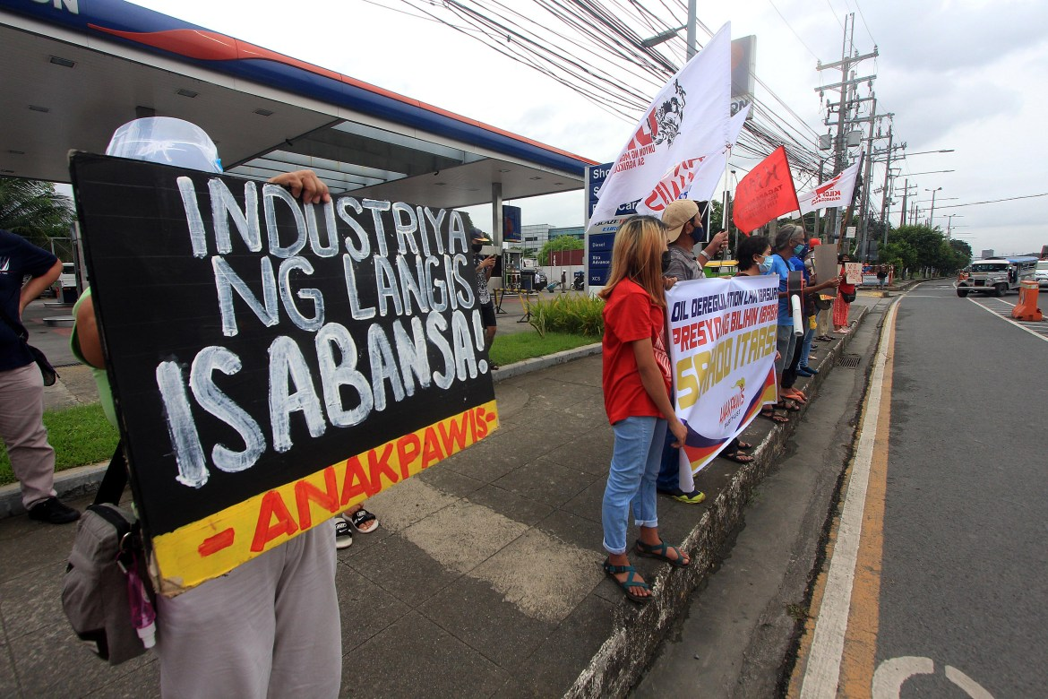Anakpawis slams new round of oil price hike, presses for re-nationalization of oil industry