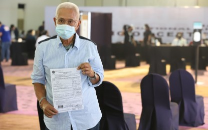 Comelec to receive COCs from all bets; screening to follow
