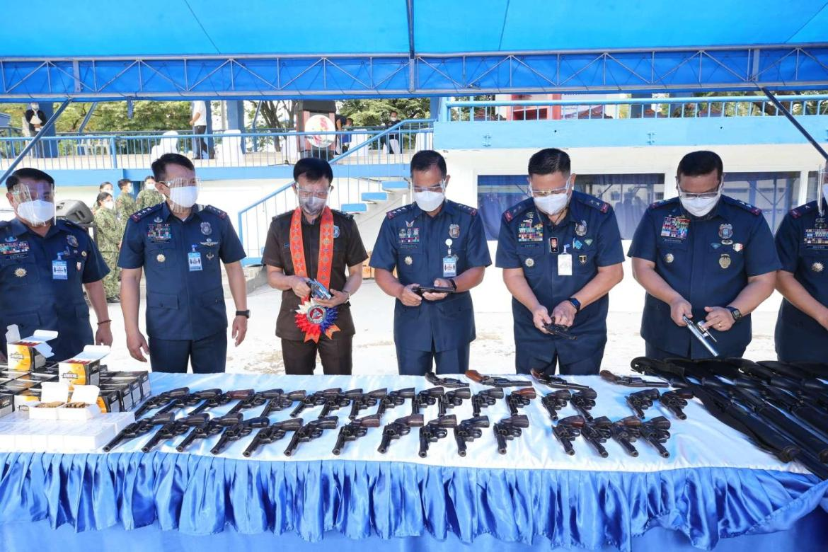 PNP turns over P900K+ worth of firearms and ammo to BuCor