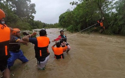 Palace urges public to take precautions as 'Maring' hits Luzon