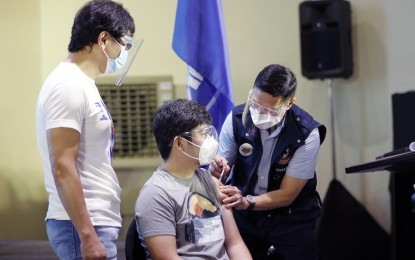 Duterte links drop in Covid-19 cases to vaccine rollout